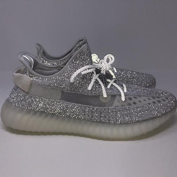 b28745435af Yeezy ra mẫu giày phản quang Yeezy BOOST 350 V2 Static Reflective ...